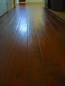 The wrap up random width floors woodflooringtrends for Plantation flooring
