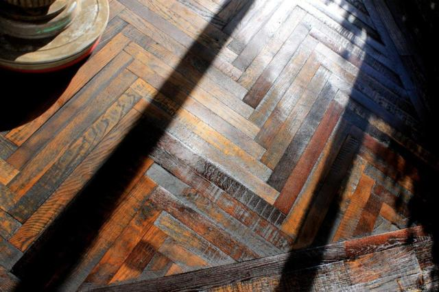 Reclaimed hardwood floor