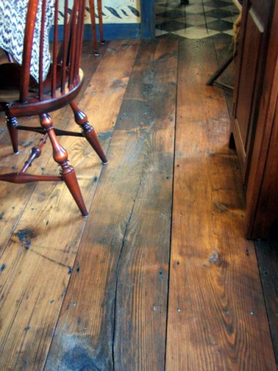 Reclaimed Chestnut Wood Floor
